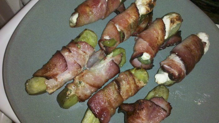 bacon wrapped pickles