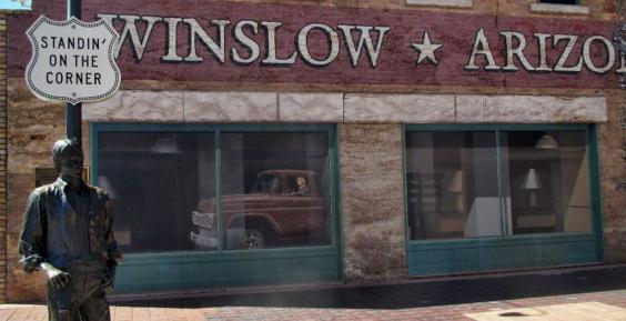 winslow arizona statue