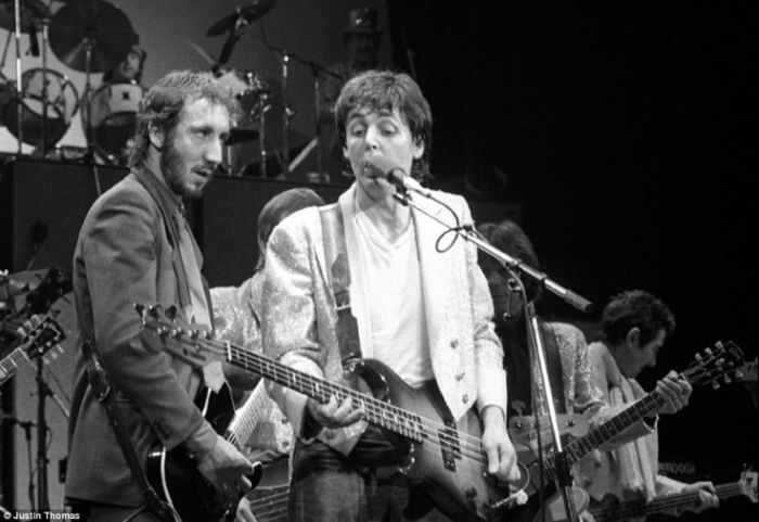 kampuchea-concert-mccartney-and-pete-townsend