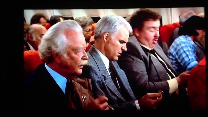 best-thanksgiving-movies-planes-trains-automobiles