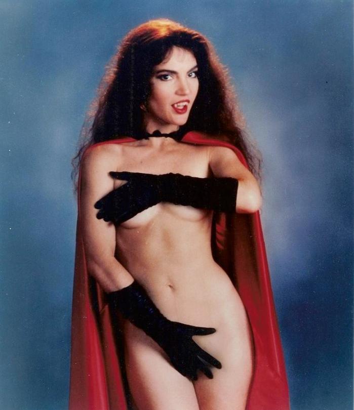 brinke_stevens_-_vampirella