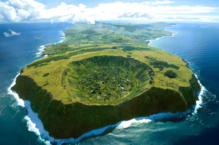 rapa-nui-easter-island