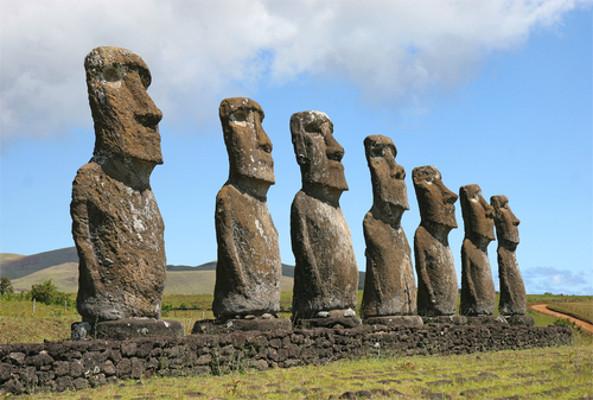 rapa-nui-moais-sculptures