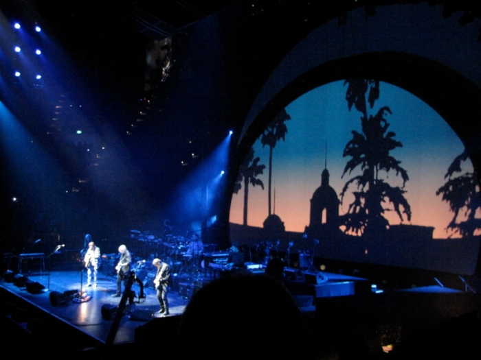 the_eagles_in_concert_-_2010_australia