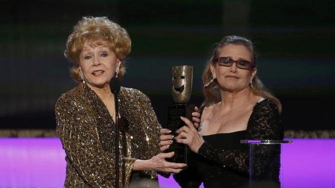 carrie_fisher_debbie_reynolds_sag