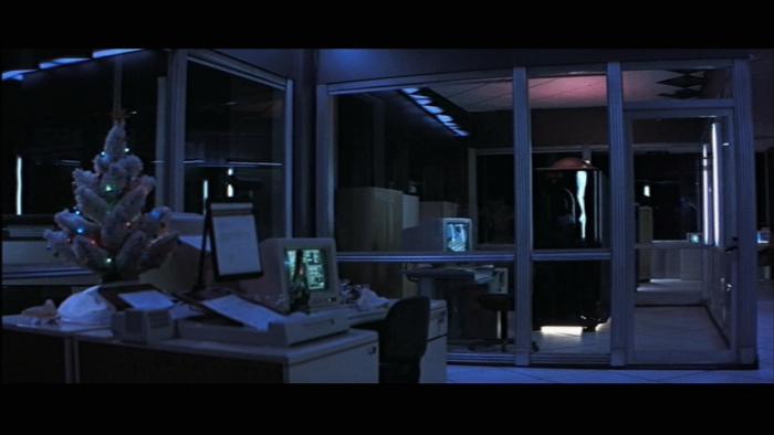 die-hard-computer_room
