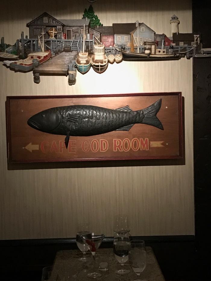 drake-hotel-restaurant-closing