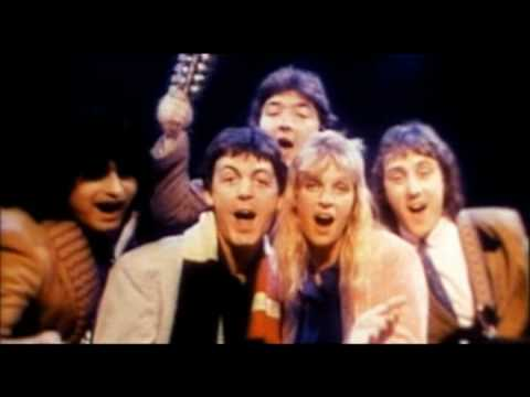paul-mccartney-and-wings-christmas-song