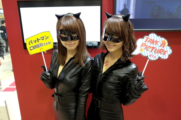 tokyo-comic-con-cosplay-girls