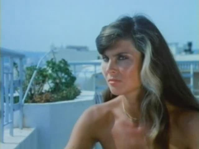 caroline-munro-sex-kitten