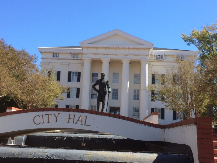 jackson-city-hall