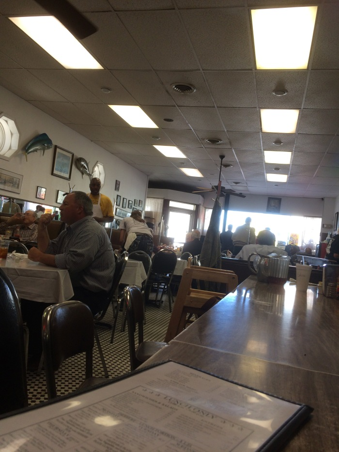 mayflower-cafe-lunch-counter