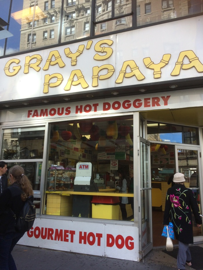 greys-papaya-hot-dogs-new-york-city