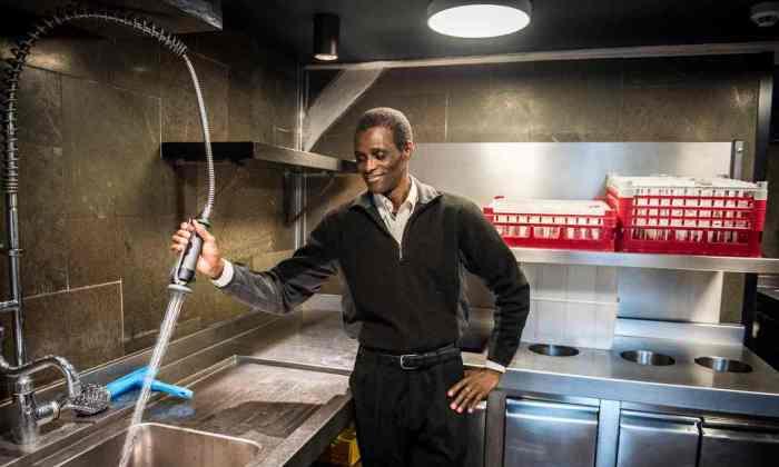 noma-restaurant-dishwasher-story