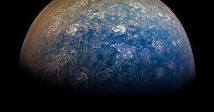 incredible jupiter flyby our largest planet is a work of art