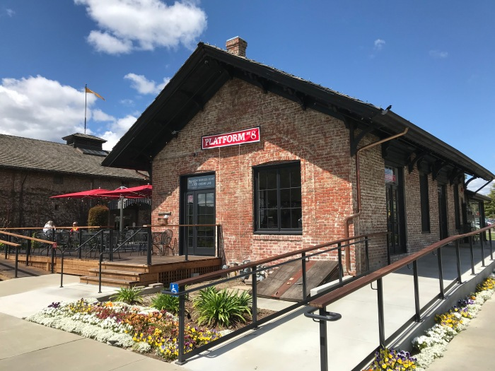 """Michael Chiarello's Inventive Burgers On """"Platform 8""""! A"""
