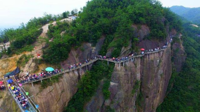 new-china-glass-bridge