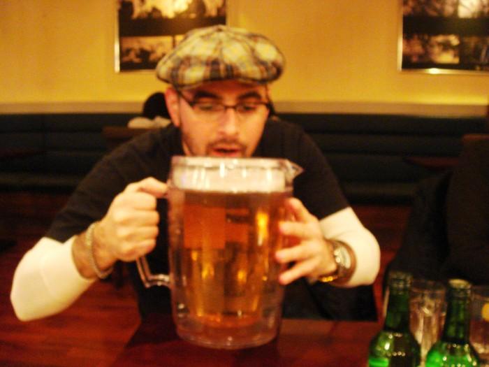 Wade Beckett giant beer